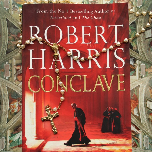 review: Robert Harris, Conclave.