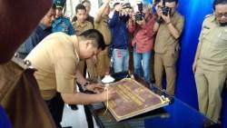 Pasar Rakyat Wayong Diresmikan, ADP Gratiskan Biaya Restribusi Setahun