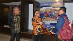 Direktur Pelestarian Cagar Budaya dan Permuseuman (PCBM) Kemendikbud RI, Fitra Arda berkunjungan ke Museum Negeri Provinsi Sultra. (Foto: Dok Humas Kemendikbud RI)