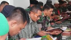SuasanaTadarus di Musala Al Taqwa Makodim 1417 Kendari, Jumat (17/5/2019). (Foto: Wayan Sukanta/SULTRAKINI.COM).