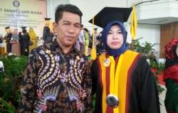 Rektor UMB Lulusan Doktor Terbaik UHO, Dimana pun Kuliah Intinya Motivasi Melanjutkan Studi
