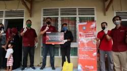 Astra Motor Makassar Beri Bantuan Pada Masyarakat Berpenghasilan Rendah di Kendari
