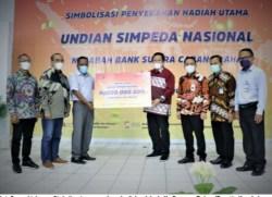 Nasabah Bank Sultra dari Kabupaten Muna Menang Undian Simpeda Nasional