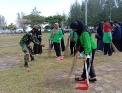 Kodim 1413 Buton Bersama Polri, Pemkot dan Warga Bersihkan Kawasan Kotamara