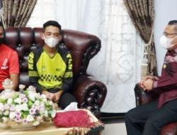 Sulkarnain Lepas Atlet Balap Sepeda Sultra Ikut Kejurnas 2021 di Jawa Barat