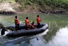 Photo of Basarnas Terjunkan Tim Rescue Cari Warga Buton yang Hilang Diterkam Buaya