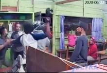 Photo of Kasian, Pedagang Bakso di Kendari Jadi Korban Pemalakan Hingga Dianiaya Preman