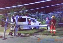 ambulance tabrak tiang listrik