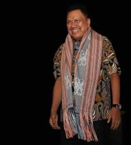 Hadang Corona, Gubernur Olly Imbau Pusat Perbelanjaan Pasang Bilik Sterilisasi