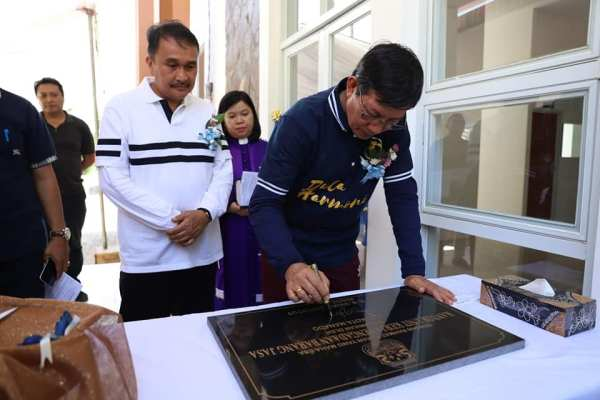 Layani Masyarakat, Walikota GSVL Resmikan Kantor UKPBJ Kota Manado