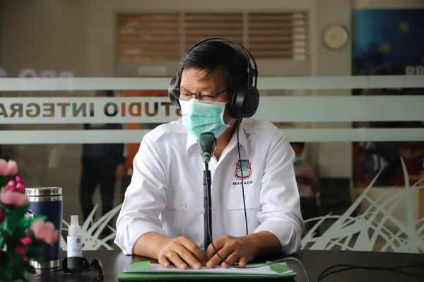 Ron Manado, Walikota GSVL Sosialisasi Cara Penanganan dan Penyebaran Corona di RRI Pro 1