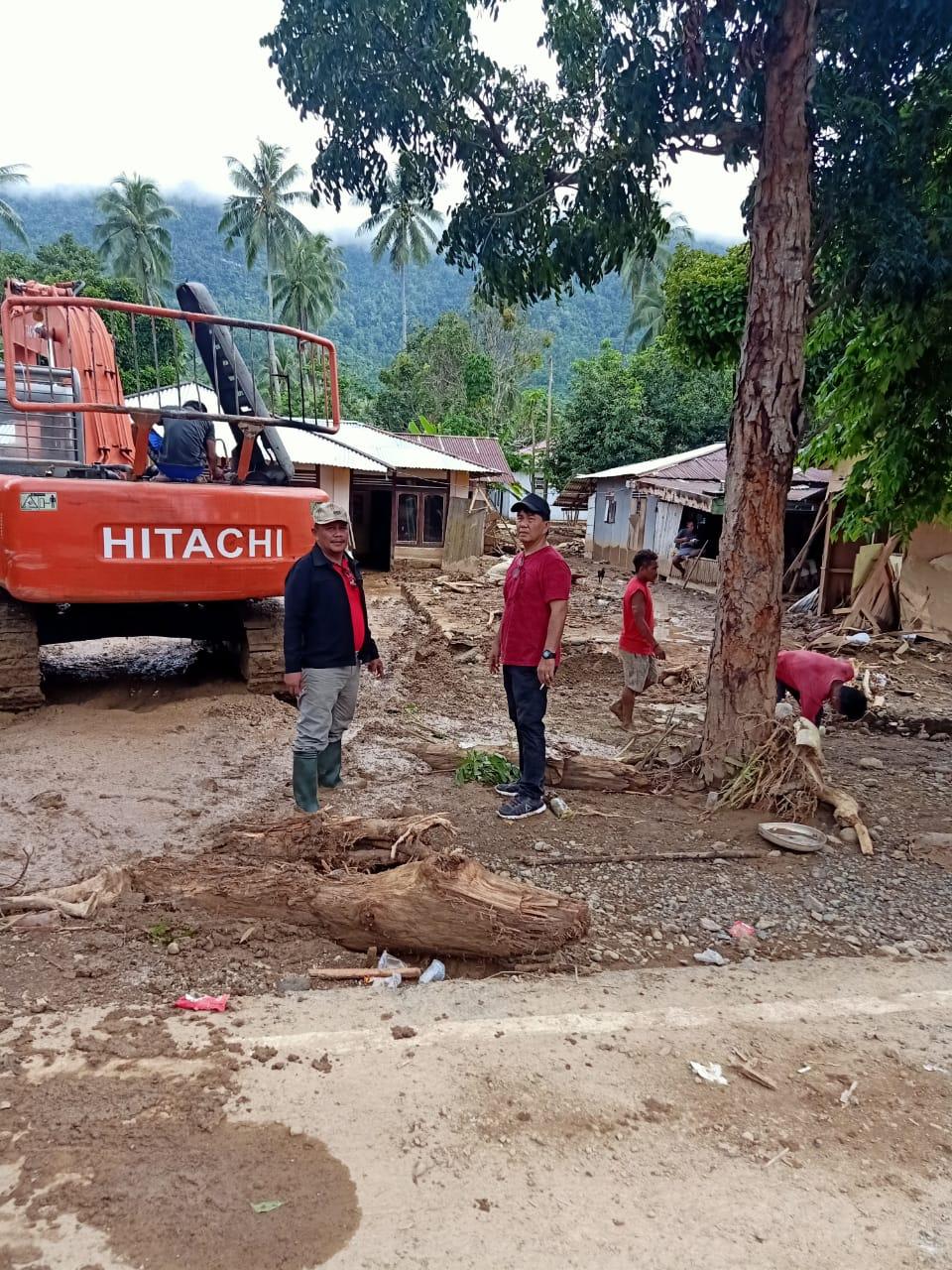ODSK Perintahkan Longsor Jalan di Bolmut, Empat Hari Selesai, Delapan Unit Alat Berat Diturunkan