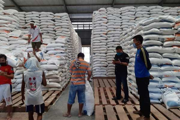Pemkot Manado Siap Salurkan 100 Ton Beras dan Paket Sembako