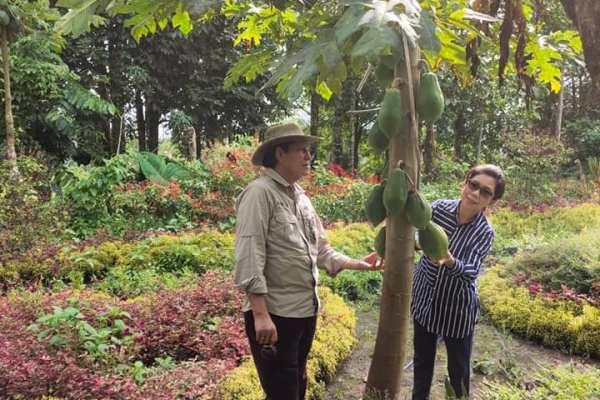 Giat Walikota Hari Ini, Tinjau Penyaluran Bahan Pokok dan Menikmati Hasil Ba Kobong