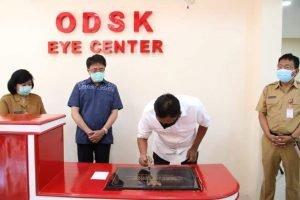 Gubernur Olly Resmikan ODSK Eye Center