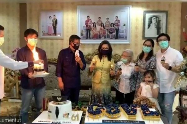 Ibadah Syukur HUT Ke 61 Tahun, Walikota GSVL : Momentum Ini Mari Kita Bersama Bekerja Untuk Rakyat Kota Manado