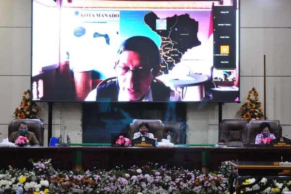 Paripurna Lewat Vidcon, Walikota GSVL Ikuti Penyampaian Laporan Komisi Atas LKPJ