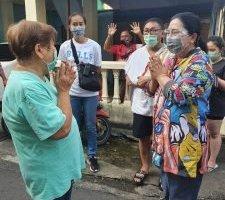 Ibu Rita Blusukan ke Pasar Lililoyor, Belanja Ikan Sambil Ajak Warga Patuhi Protokol Kesehatan