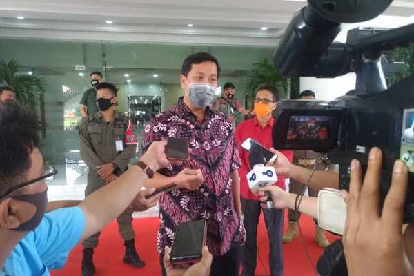 Optimalkan Dana BOS, Wagub Kandouw Konsultasikan ke Pusat Agar Murid Dapat Fasilitas Gadget