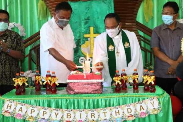 Hadiri Ibadah Syukur HUT ke-10 Wilayah Bitung Sepuluh, Ini Pesan Gubernur Olly