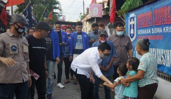 Mor Bastiaan dan Istri Jalan Kaki Keluar Masuk Lorong Sempit Temui Warga Kota Manado