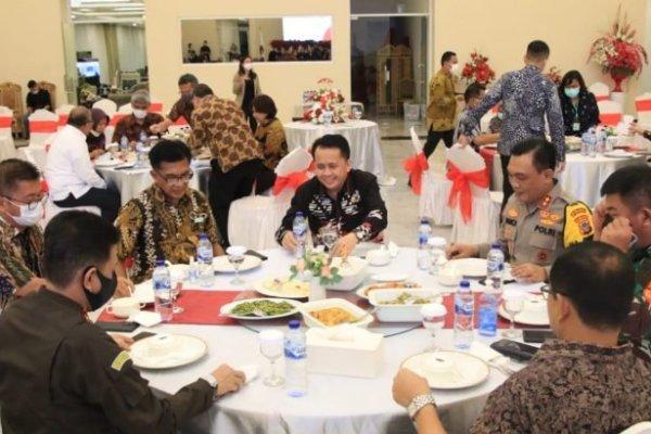 Pjs Gubernur Fatoni Gelar Jamuan Makan Malam Bersama Sekretaris Utama Bappenas