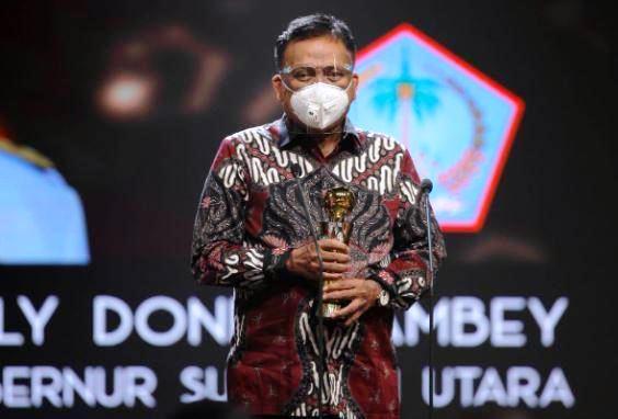 Hebat, Gubernur Olly Raih Penghargaan APPI Award 2020 dari Kementan RI