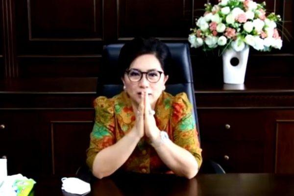 Ibu Rita Bangga Jadi Alumni Faperta Unsrat