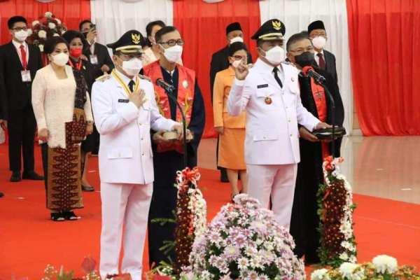 Gubernur Olly Lantik Walikota – Wakil Walikota Manado AA-RS