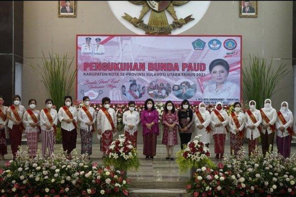 Kukuhkan 15 Bunda PAUD di Sulut, Rita Tamuntuan Harap Lahirkan PAUD Terakreditasi Nasional