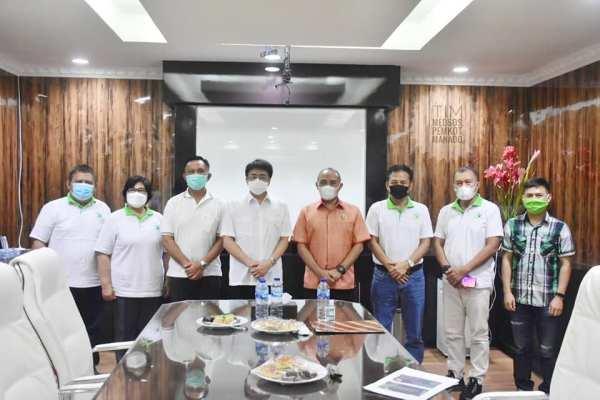 Walikota Andrei Angouw Terima Kunjungan Panpel SMANSA Manado Peduli Lingkungan