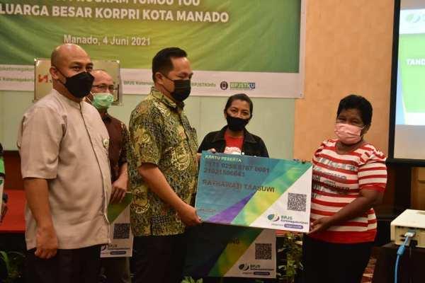 Wawali Sualang Hadiri Program Tumou Tou Keluarga Besar Korpri Kota Manado