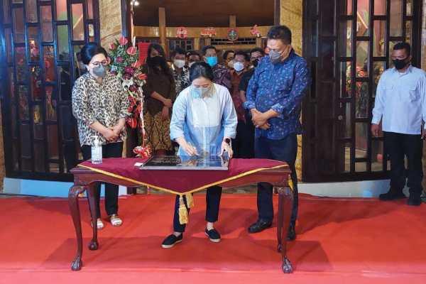 "Ketua DPR RI Puan Maharani Resmikan ""Kolongan Vilage Culture Resto"""