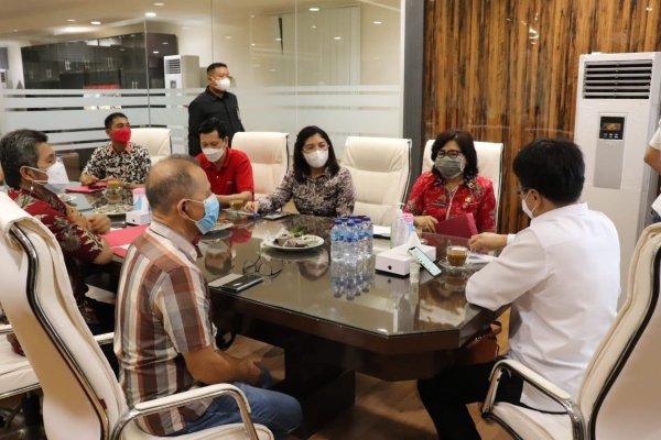 Senin Pekan Depan Vaksinasi Umur 12 Tahun Keatas, Walikota Angouw Rapat Bersama Diknas Provinsi dan Kota Manado