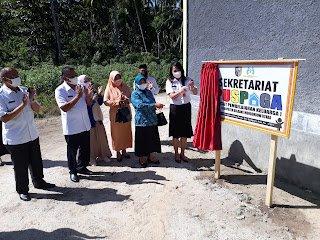 Selain Pantau Vaksinasi Anak di Bolmut, dr Devi Resmikan PUSPAGA dan Beri Materi P3A