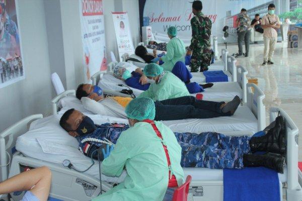 Gandeng RS Sentra Medika Minahasa Utara, Lanud Sam Ratulangi koordinir Donor Darah memperingati HUT TNI ke-76