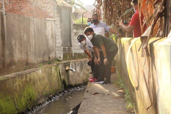 Walikota Lihat Normalisasi Anak Sungai dan Parit di Tuminting