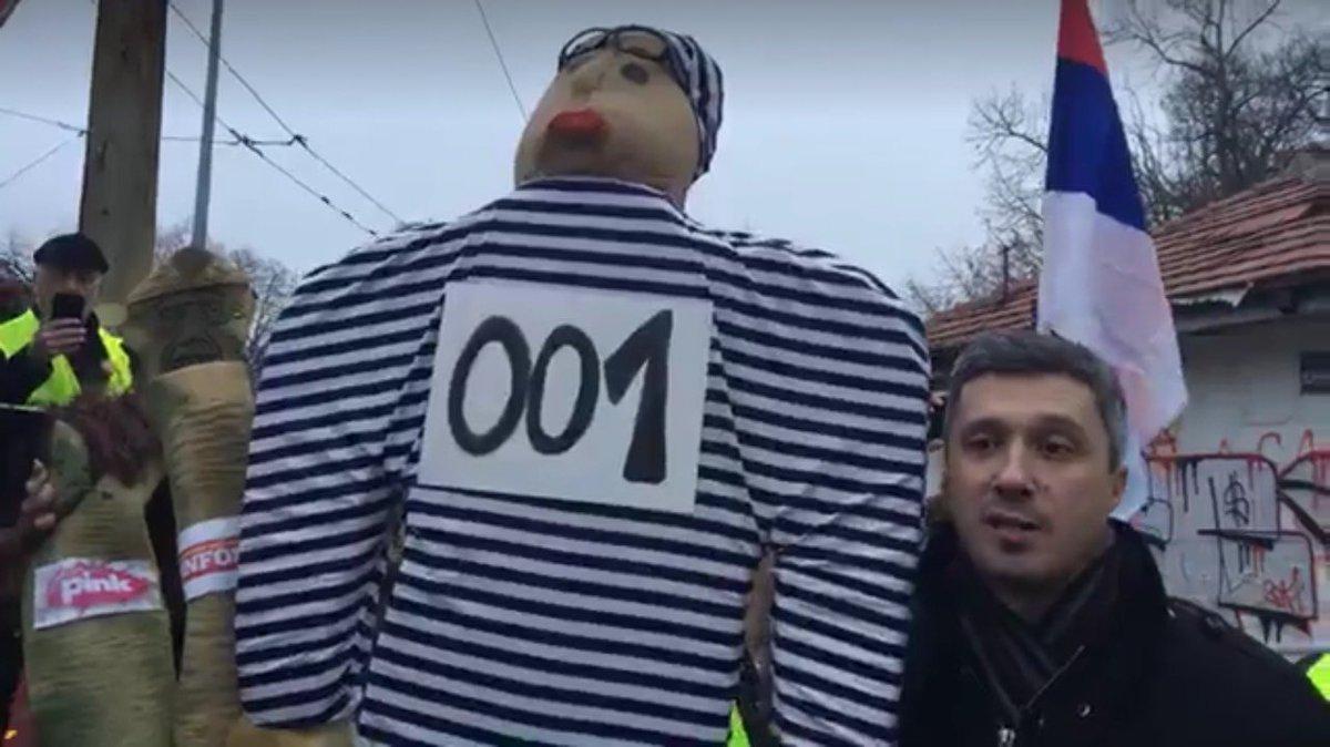 Boško hapsi Vučića