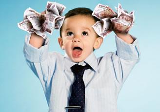 ¿Los niños que cobran paga son más consumistas?