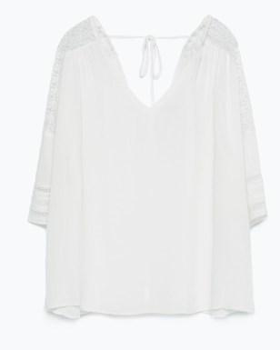 Camisa con encaje en los hombros-Zara