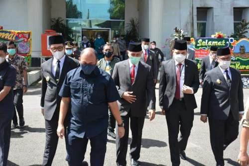 Gubernur Mahyeldi Hadiri Serah Terima Tugas Walikota Bukittinggi