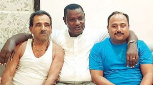 Kenya MP, travels from Kenya to Aurangabad to repay the debt of Rs. 200.