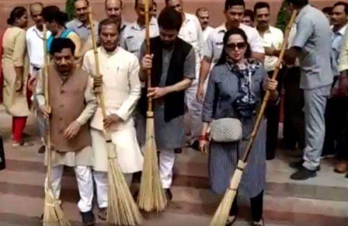 BJP Hema Malini