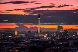 Wieża telewizyjna widziana ze Storkower Straße: fotografia Tilt-Shift | Berlin, Niemcy
