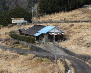 静岡県榛原郡の別荘&田舎物件 高台にある孤高の一軒家 250万円