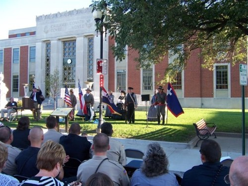 "The Gray Ghosts Trail panel ""Callaway County Men at War"" was dedicated at the Callaway County Courthouse with the help of local law officers, firefighters and first responders on Sept. 11, 2012./Photo: Don Ernst"