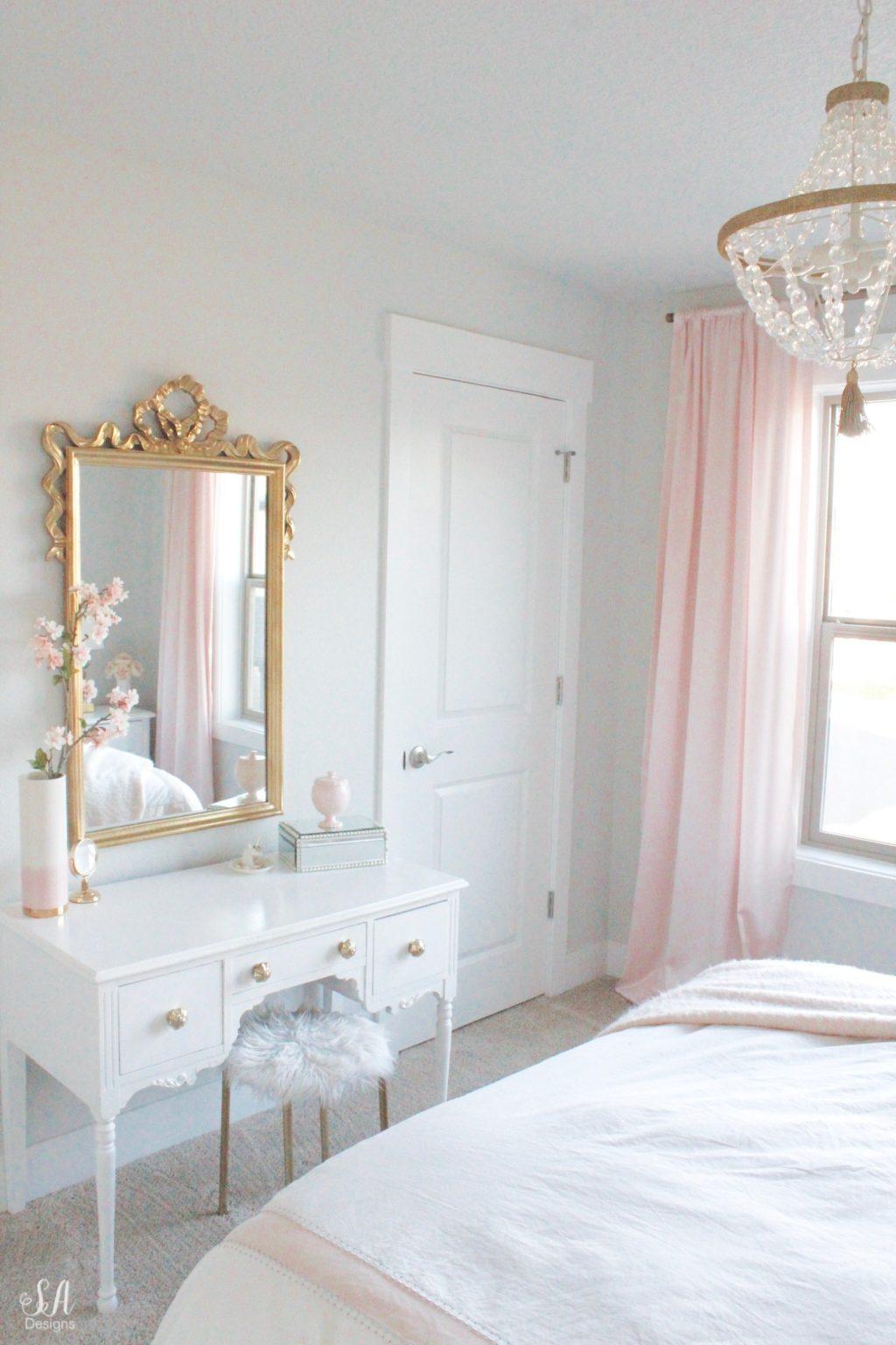 bedroom in blush gold grey