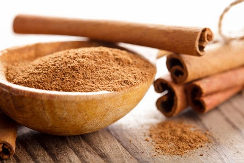 Cinnamon Essential Oil from Cinnamon Bark