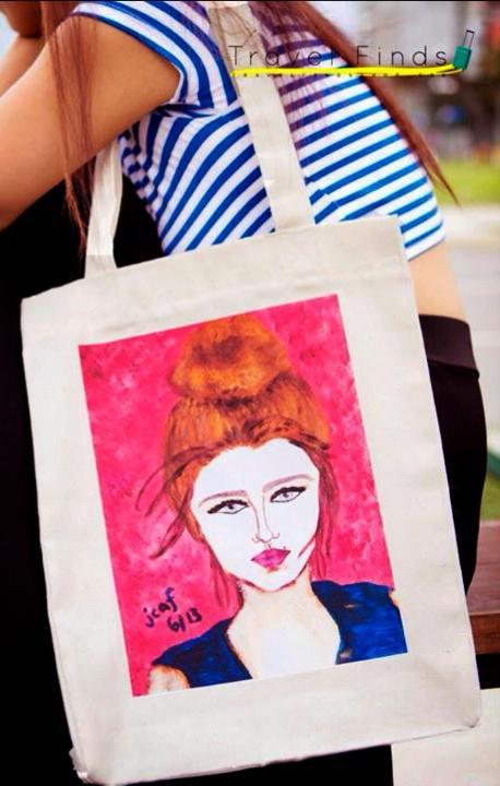 [Jamie Fournier x Travel Finds] Portraits of Women on Canvas Bags: La Fille