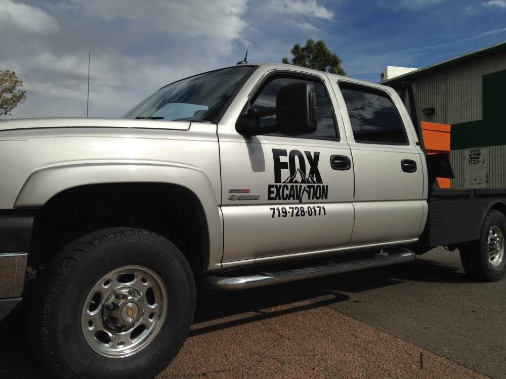 fox excavating veh graphics e1535043555181 - fox-excavating-veh-graphics